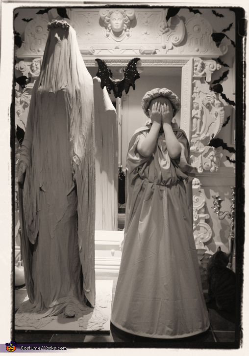 Lauren tries on her new costume for the first time, Weeping Angel Girl Costume