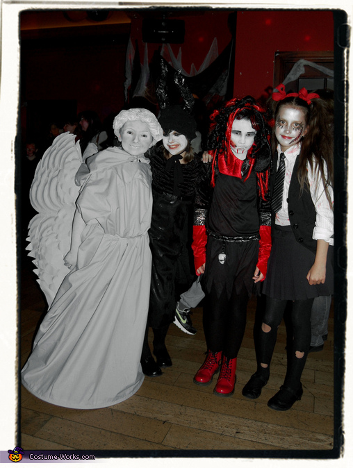 School Halloween Disco, Weeping Angel Girl Costume