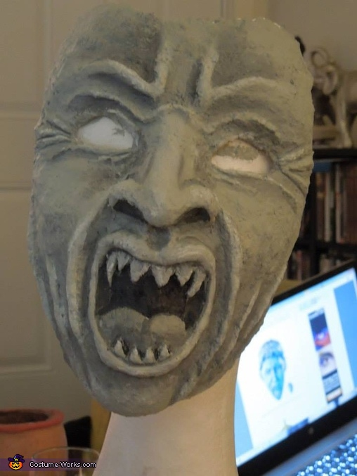 Better look at the mask, Weeping Angels Costume
