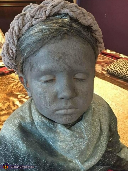 The make up, Weeping Cemetery Statue Costume