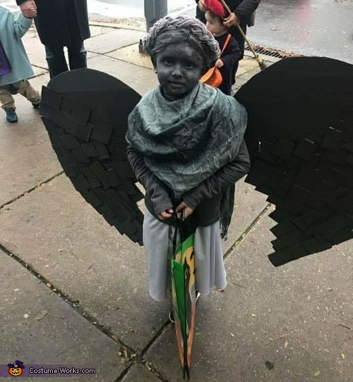 Weeping Cemetery Statue Costume