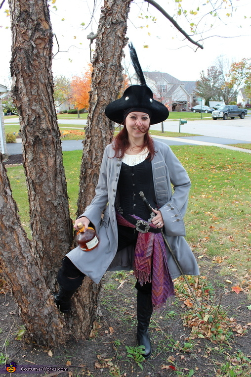 Wenchy Pirate Costume
