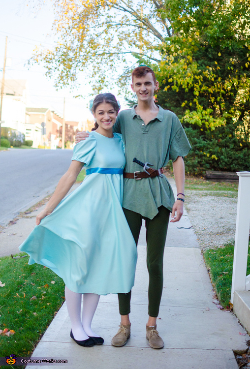 sc 1 st  Costume Works & Wendy Darling and Peter Pan Costume