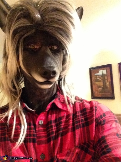 Close up, Werewolf Costume