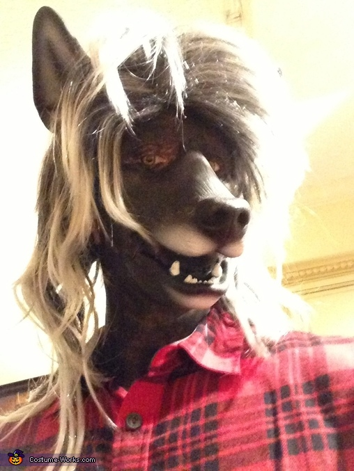 Side view, Werewolf Costume