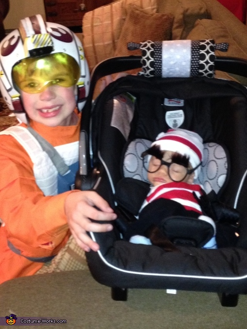 Where's Waldo?, Where's Waldo Baby Costume