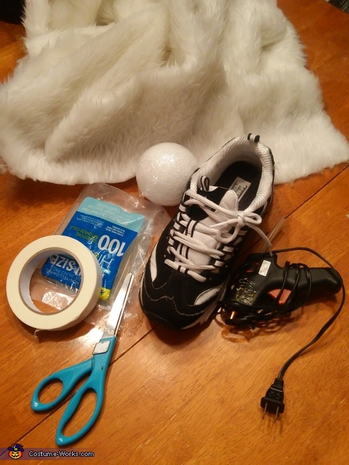 supplies for the feet, White Rabbit Costume