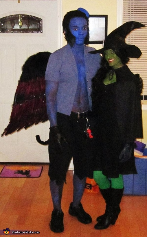 full length picture, Wicked Witch of the West and Flying Monkey Costume