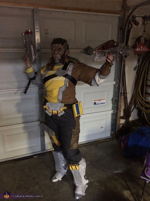 wilhelm side, Wilhelm from Borderlands Costume