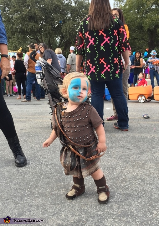 Ready to attack some candy, William Wallace Costume