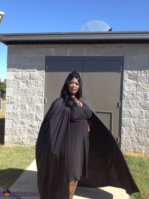 Gonna fly away!, Witch Costume