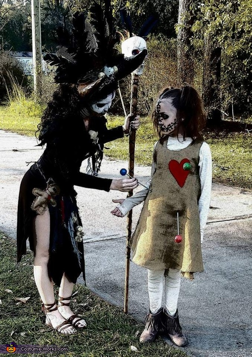 Witch doctor and voodoo doll, Witch Doctor and Pets Costume