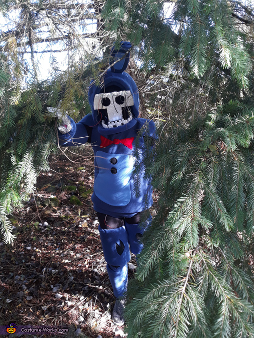 Withered Bonnie crawling out from a tree, Withered Bonnie Costume