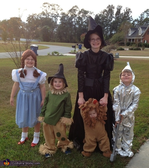 Wizard of Oz Characters Group Costume