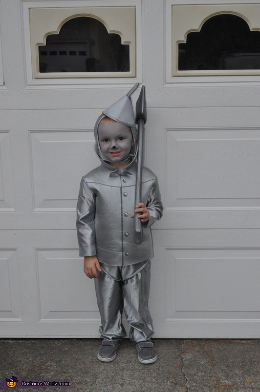 Tin Man!, Wizard of Oz Family Costume