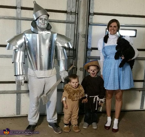 Wizard of Oz Family Halloween Costume