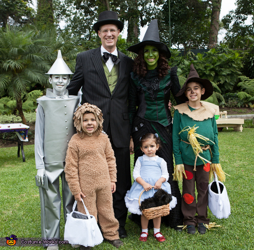 Add flying monkeys the wizard and Glinda. And if youu0027re costuming kids (or adults) who prefer things a little more abstract make a tornado or rainbow ...  sc 1 st  TLC.com & 6 Perfect Halloween Costumes for the Entire Family | TLCme | TLC
