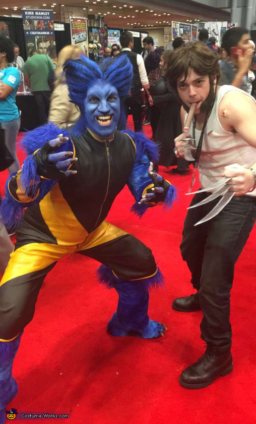 The beasts reunited, Wolverine Costume