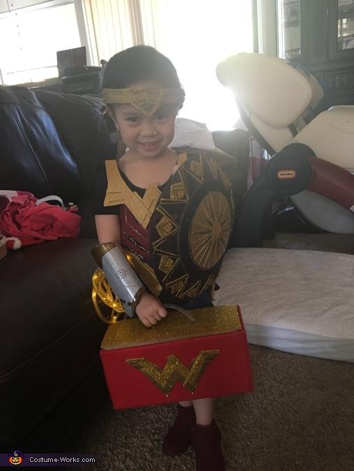 Oufit rehearsal, Wonder Woman Costume