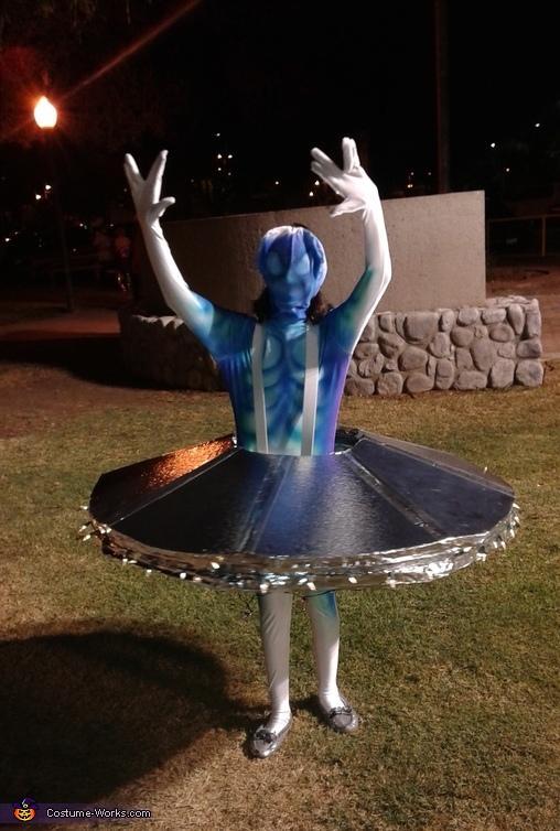 World's Most Dangerous Alien Homemade Costume