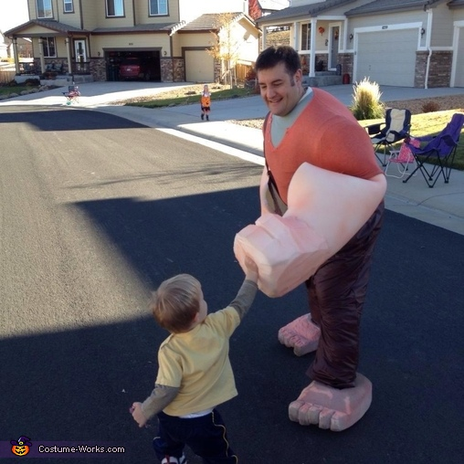Ralph, Wreck-It Ralph Family Costume