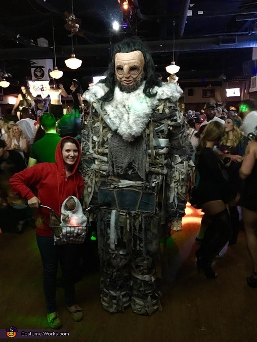 Wun Wun enjoying the Bar Scene, Wun Wun the Giant from Game of Thrones Costume