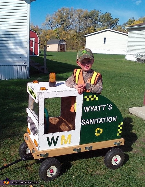 Wyatt's Sanitation Costume