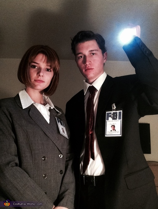 Fox Mulder and Dana Scully Costume