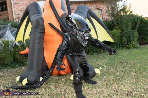 Raaaahhhh!, DIY Xenomorph Alien Costume