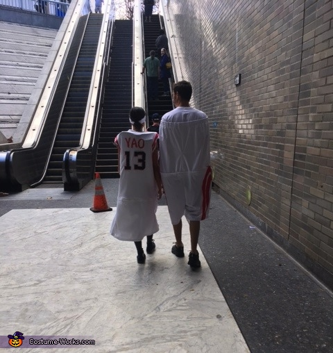 Couples costume to the next level!, Yao Ming Costume