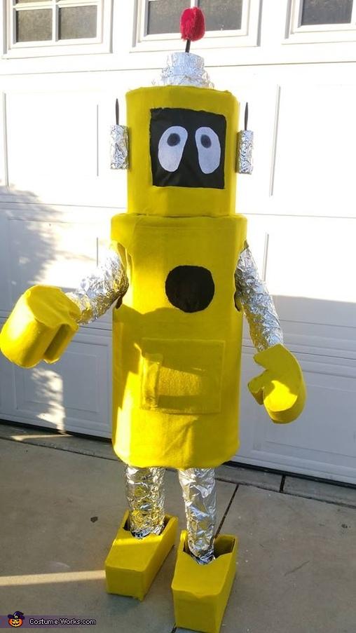 Yo Gabba Gabba Plex the Robot Costume