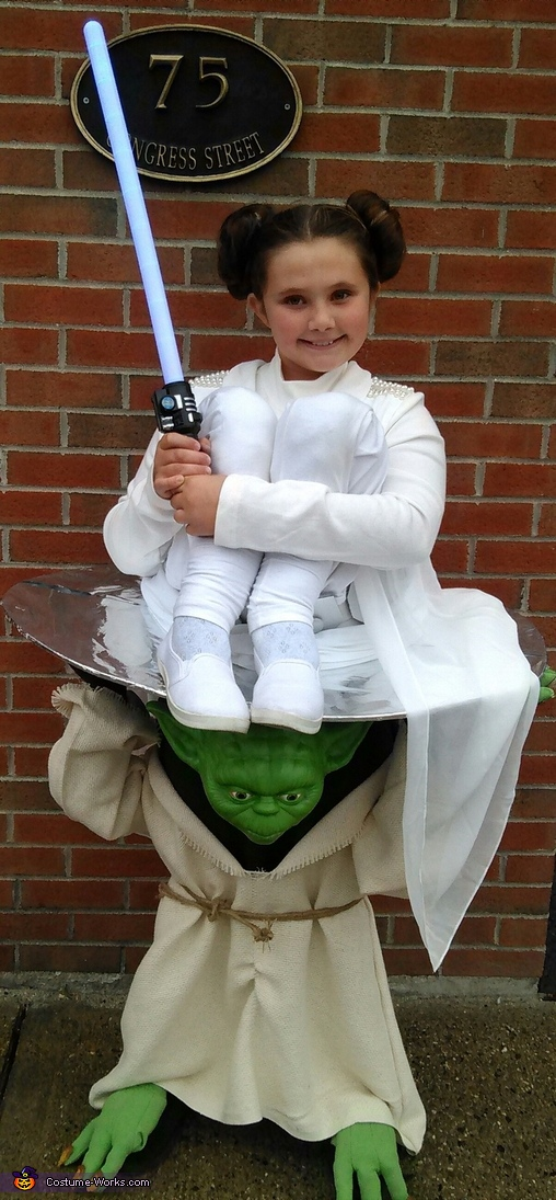 Yoda Carrying Princess Leia, Yoda Carrying Princess Leia Costume