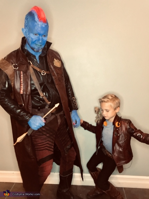 Yondu teaching young Star-Lord his moves, Guardians of the Galaxy - Yondu & young Peter Quill Costume