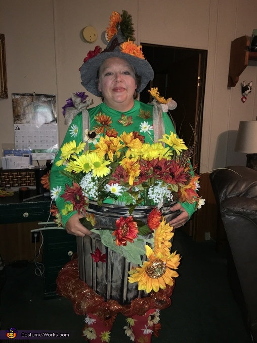 Your Favorite Flower Pot Homemade Costume