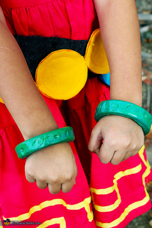 These are the green bangles made from polymer clay, DIY Zelda Costume