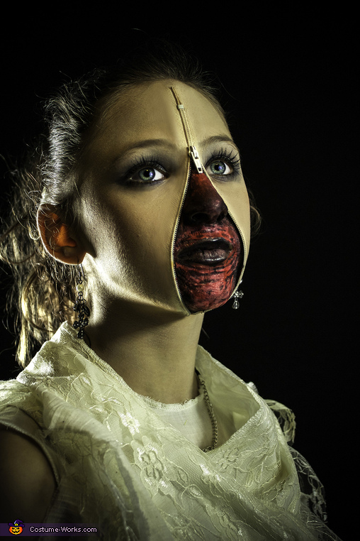 Zipper Face Girl Close, Zipper Face Girl Costume