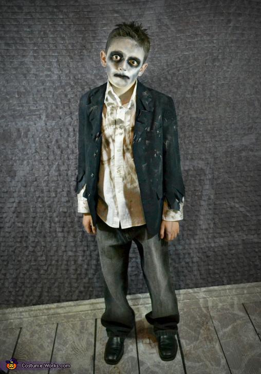 Mr. Creeper Zombie, Zombie Apocalypse Family Costume