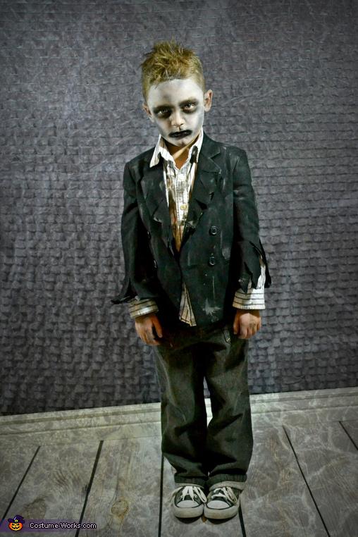 Mr. Mischievous Zombie, Zombie Apocalypse Family Costume