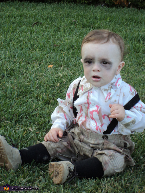 Zombie Baby - Homemade costumes for babies