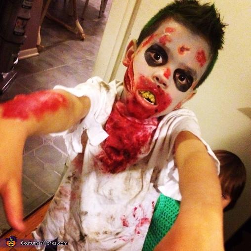 Scary!!, Zombie Boy Costume