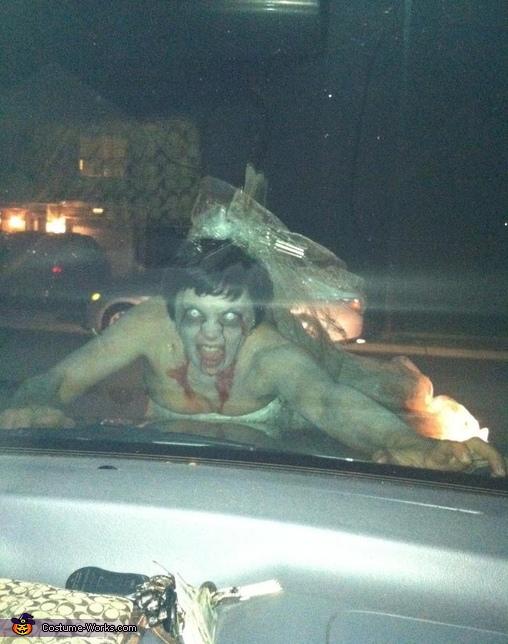 I'm gonna get ya!, Zombie Bride Costume