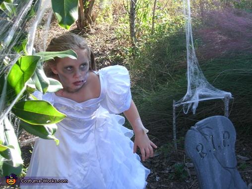 Girl's Zombie Bride Costume