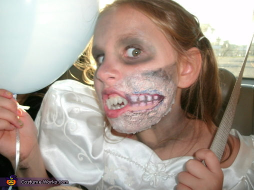 Girl's Zombie Bride Costume