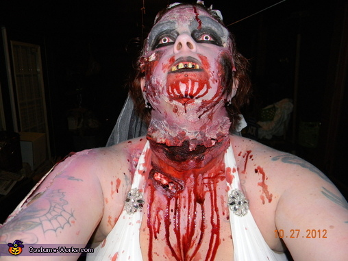 brides head/neck, Zombie Bride and Groom Costume