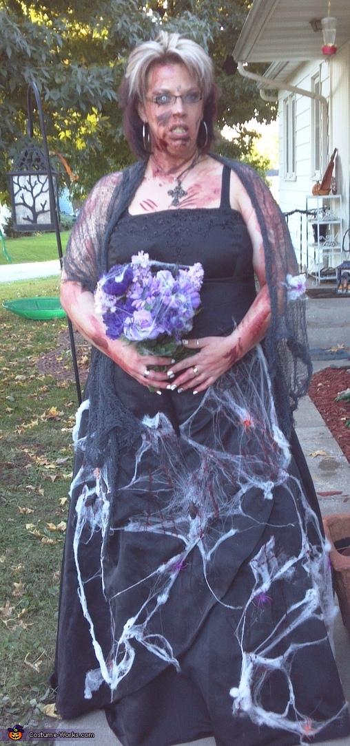 Zombie Bride's Maid Costume