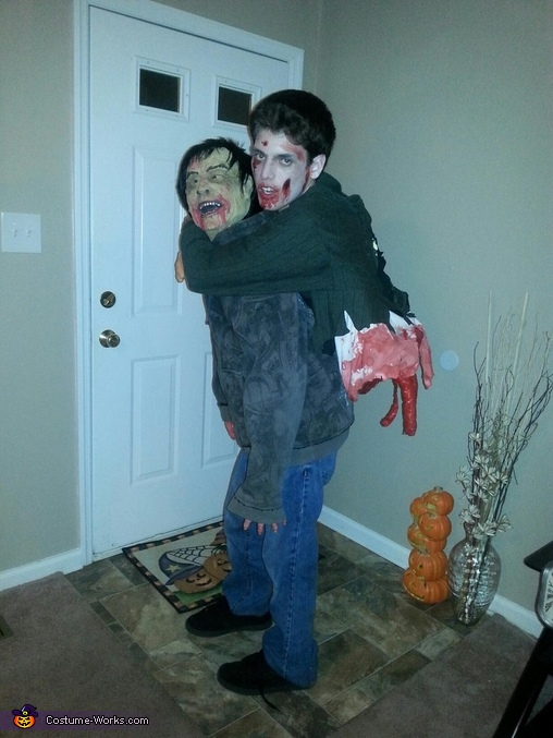 Zombie carrying split in half Zombie on its back Costume