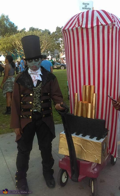 Zombie Circus Ringmaster Costume