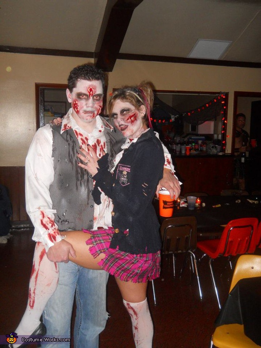 Zombie Couple - Homemade costumes for couples