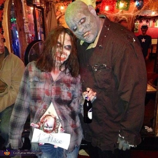 Baby Zombie wins! , Zombie Couple with Baby Costume