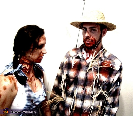 Zombie Dorothy and scarecrow, Zombie Dorothy and Scarecrow Couple Costume